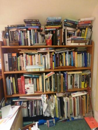 'Shelfie' of terribly messy books